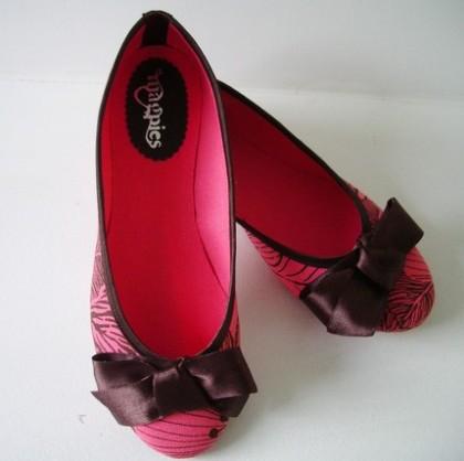 Coral Shoes by De Bonis Orquera $30