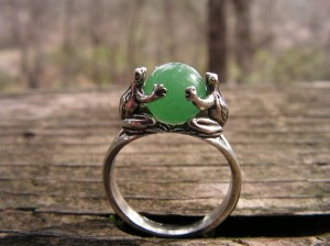 Sterling Silver Frog Ring With Aventurine